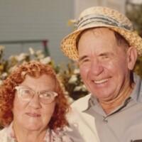 Lester and Bonnie Jones.jpg